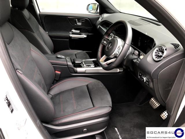 mercedes-glb200-seats-driver